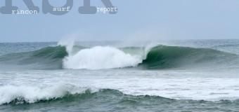 Rincon Surf Report – Saturday, Nov 28, 2015